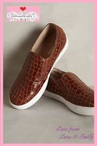 Anthropologie Round Toe Rubber Sole Leather Elegant Style Slip-On Shoes