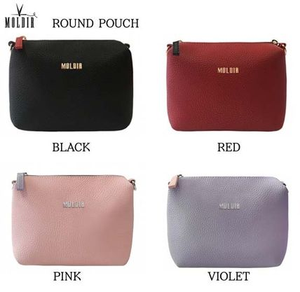 Street Style Plain Pouches & Cosmetic Bags