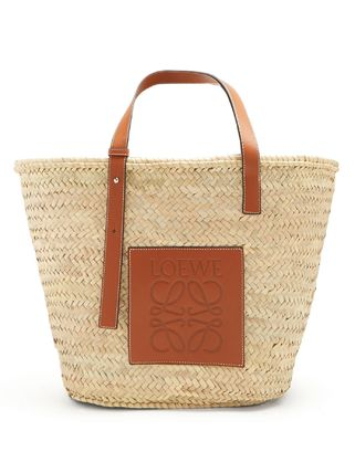 Casual Style A4 Plain Leather Straw Bags