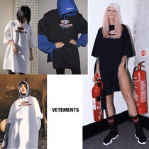 VETEMENTS Crew Neck Casual Style Street Style Cotton Long