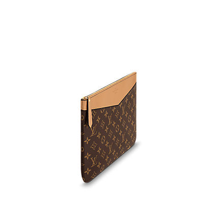 cb71741c95 Louis Vuitton 2018 SS 18SS DAILY POUCH Leather Clutches bag