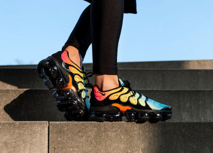 nike air vapormax plus sunset