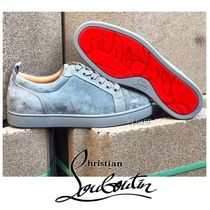 Christian Louboutin LOUIS Straight Tip Suede Street Style Plain Sneakers