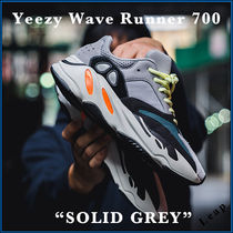 adidas YEEZY Street Style Collaboration Plain Sneakers
