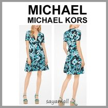 Michael Kors Flower Patterns V-Neck Medium Short Sleeves Elegant Style