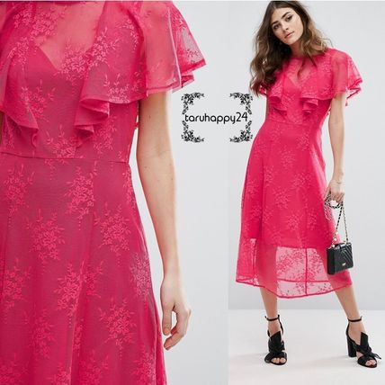 Medium Short Sleeves Lace Dresses