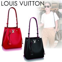 Louis Vuitton Casual Style Plain Leather Shoulder Bags