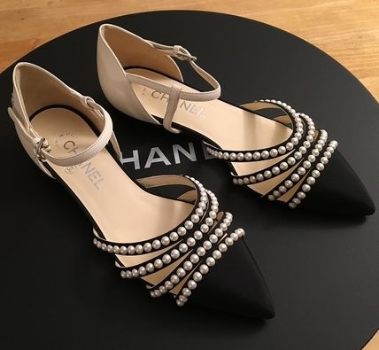 CHANEL Pointed Toe Blended Fabrics Plain Leather With Jewels Elegant Style 3