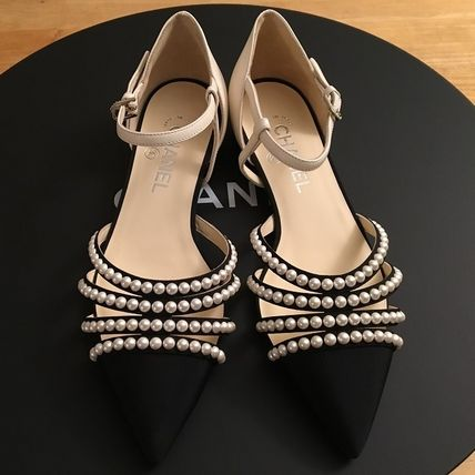 CHANEL Pointed Toe Blended Fabrics Plain Leather With Jewels Elegant Style 4