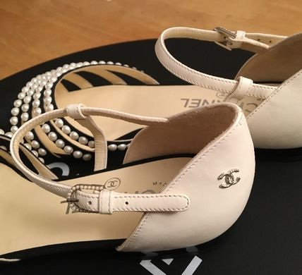 CHANEL Pointed Toe Blended Fabrics Plain Leather With Jewels Elegant Style 6