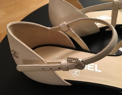 CHANEL Pointed Toe Blended Fabrics Plain Leather With Jewels Elegant Style 7