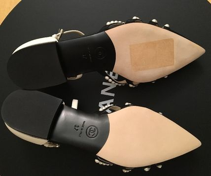 CHANEL Pointed Toe Blended Fabrics Plain Leather With Jewels Elegant Style 8