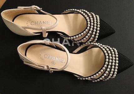 CHANEL Pointed Toe Blended Fabrics Plain Leather With Jewels Elegant Style 9