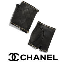 CHANEL Leather Elegant Style Leather & Faux Leather Gloves