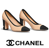CHANEL Leather Elegant Style Chunky Heels High Heel Pumps & Mules