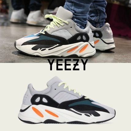 finest selection 53f99 97380 adidas YEEZY 2018 SS Unisex Street Style Collaboration Sneakers