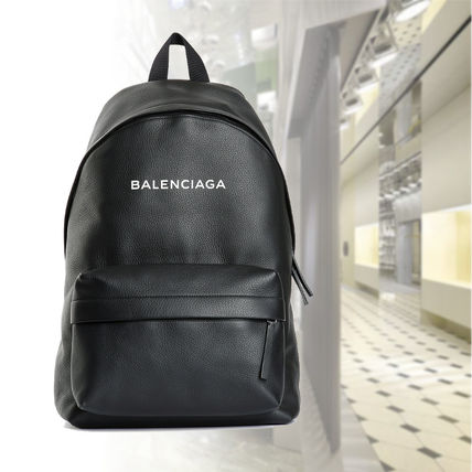 Unisex A4 Plain Leather Backpacks