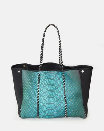 Casual Style A4 Python Totes