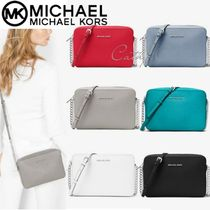 Michael Kors JET SET TRAVEL Casual Style Street Style Chain Plain Leather Shoulder Bags