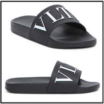 VALENTINO Street Style Shower Shoes PVC Clothing Sports Sandals
