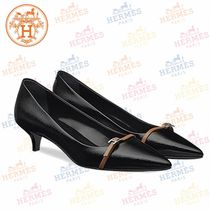 HERMES Plain Leather Pointed Toe Pumps & Mules