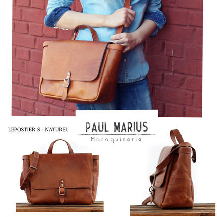 Casual Style A4 Plain Leather Shoulder Bags