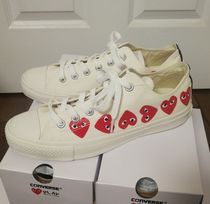 COMME des GARCONS Heart Collaboration Sneakers
