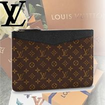 Louis Vuitton MONOGRAM Monoglam DAILY POUCH Clutches