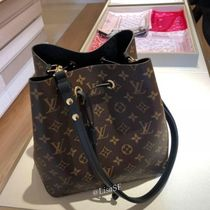 Louis Vuitton NEONOE Monogram Canvas Blended Fabrics Studded 2WAY Bi-color