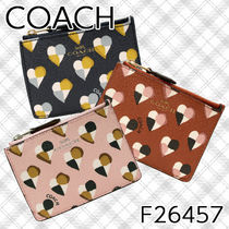 Coach Other Check Patterns Heart PVC Clothing Card Holders