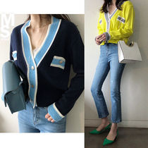 NANING9 Short Casual Style V-Neck Bi-color Long Sleeves Cropped