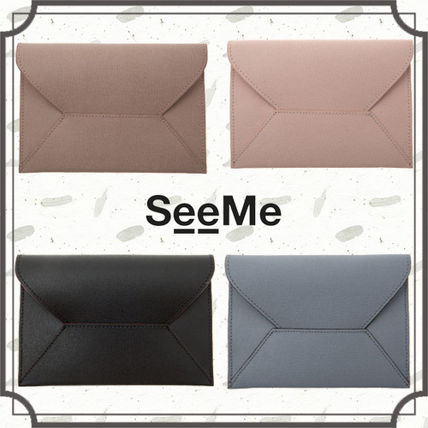 Unisex Plain Leather Handmade Pouches & Cosmetic Bags