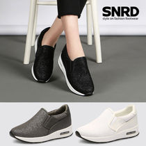 Round Toe Rubber Sole Casual Style Glitter Slip-On Shoes