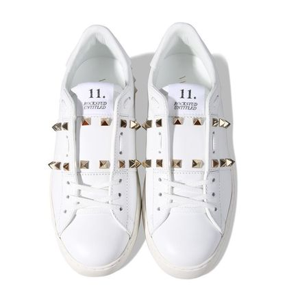 VALENTINO Low-Top Studded Plain Low-Top Sneakers 3