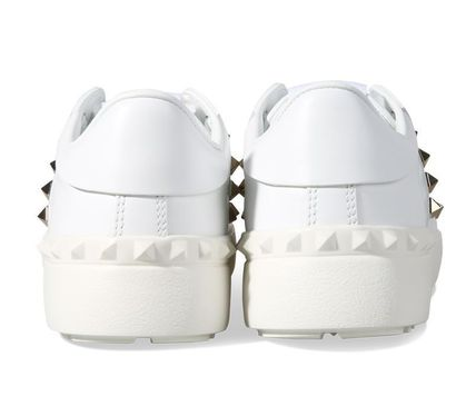 VALENTINO Low-Top Studded Plain Low-Top Sneakers 4