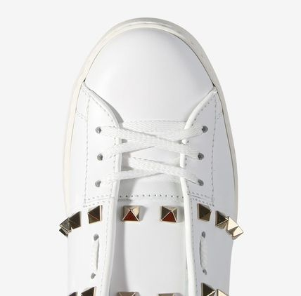 VALENTINO Low-Top Studded Plain Low-Top Sneakers 6
