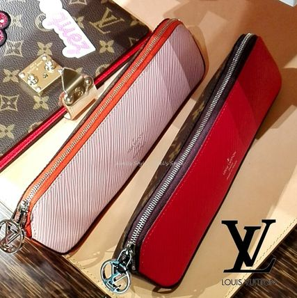 Louis Vuitton Stationary Stationary