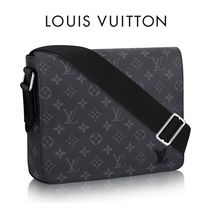 Louis Vuitton Canvas Messenger & Shoulder Bags