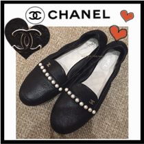 01ff622612a4 CHANEL ICON Casual Style Plain Leather Loafer Pumps   Mules