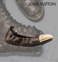 d890743d80d Louis Vuitton Women s Gold Flat Shoes  Shop Online in US