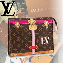 Louis Vuitton MONOGRAM Monoglam TOILETRY POUCH 26 Clutches