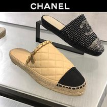 CHANEL 18SS CHANEL OPEN BACK ESPADRILLES WITH CC LOGO CHARM
