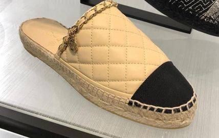 5117f8c21 ... CHANEL Platform & Wedge 18SS CHANEL OPEN BACK ESPADRILLES WITH CC LOGO  CHARM ...