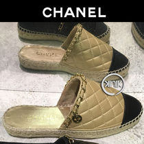 CHANEL 18SS CHANEL METALIC CALFSKIN SLIDE SANDALS