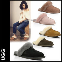 UGG Australia Plain Toe Casual Style Sheepskin Plain Slippers