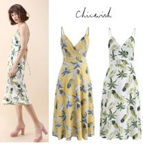 Chicwish Tropical Patterns Sleeveless V-Neck Medium Home Party Ideas