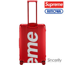 Supreme Street Style Collaboration Luggage & Travel Bags