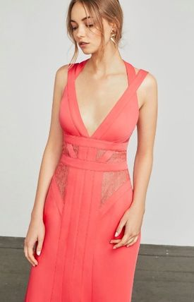 Maxi Sleeveless V-Neck Plain Long Party Style Dresses