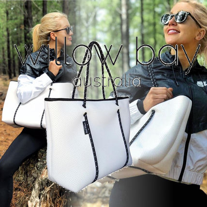 Casual Style Nylon Bag in Bag A4 Plain Totes