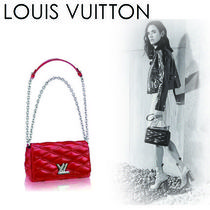 Louis Vuitton Chain Plain Leather Elegant Style Shoulder Bags